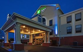 Holiday Inn Express Laurinburg Nc