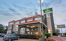 La Quinta Inn & Suites By Wyndham Houston - Magnolia