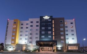 Microtel Inn & Suites By Wyndham Irapuato photos Exterior