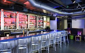 Aloft Hotel Downtown Cleveland 3*