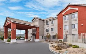 Holiday Inn Express Westley Ca
