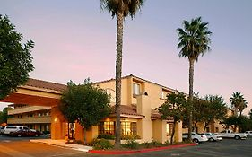 Holiday Inn Express Simi Valley California