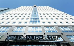 Nh Danube City Hotel Wien