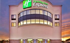 Holiday Inn Express Waterloo Ia