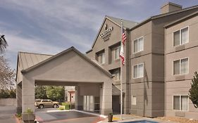 Country Inn And Suites Fresno