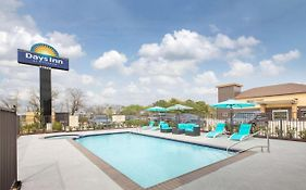 Days Inn & Suites By Wyndham La Porte
