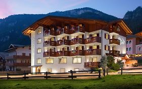Hotel Gries Canazei