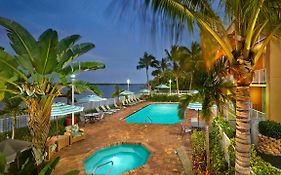 Fairfield Inn And Suites Palm Beach Fl
