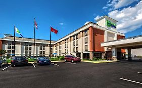 Holiday Inn Express Memphis Medical Center