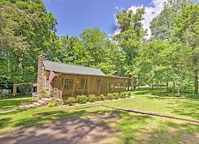2-Acre Historic Black Mountain Cabin W/ View! photos Exterior