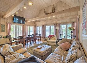 Waterfront Retreat With Private Dock And Game Room photos Exterior