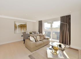 Beautiful Furnished Modern Two Bedroom Apartment Victoria London photos Exterior