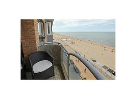 Stunning Apartment In Oostende W/ Wifi And 2 Bedrooms photos Exterior