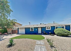 The Blue Bungalow In Old Town Home photos Exterior
