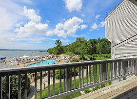 Stunning Lake Views @ The Shores photos Exterior