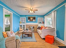 Lively Home With Front Porch, Walk To Trails! photos Exterior