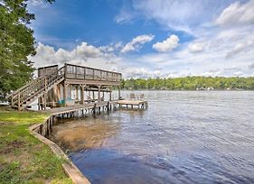 Lakefront House With Fireplace, Pets Welcome! photos Exterior