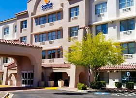 Comfort Inn & Suites Tempe Phoenix Sky Harbor Airport photos Exterior