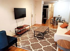 Beautiful 3Br Apt, Only 20 Minutes To Time Square! Apts photos Exterior