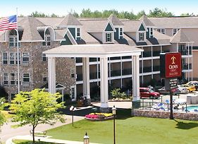 Crown Choice Inn & Suites Lakeview & Waterpark photos Exterior