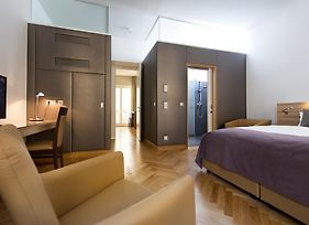 Liv'In Residence By Fleming'S Wien Parlament photos Room