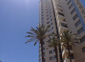 Arendaizrail Apartment Yoseftal Street Bat Yam photos Exterior