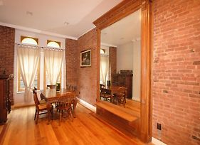 Historic Harlem Duplex photos Room