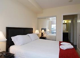 Whitehall Suites Yonge Eglinton photos Room
