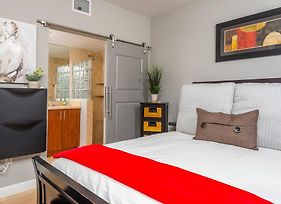 The Fountain Vacation Rentals photos Room