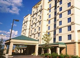 Courtyard By Marriott Toronto Airport photos Exterior