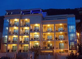 Apartments And Rooms Grand Palazzo photos Exterior