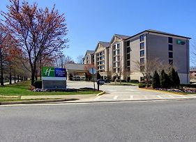 Holiday Inn Express & Suites Alpharetta - Windward Parkway photos Exterior