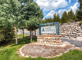 Two Bedroom Lake Forest Condo 102C With Lake Views photos Room