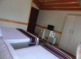 Simal Mansion Guesthouse photos Room