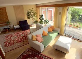 A Sunny And Green Real Home photos Room