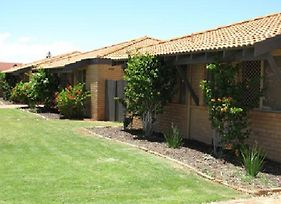 Geraldton Ocean West Holiday Units photos Exterior