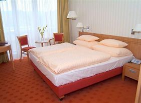 Danubius Health Spa Resort Balnea Eslanade Palace photos Room
