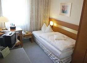 Airport Hotel Tanne photos Room