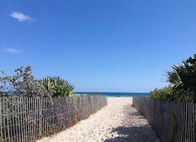 Beachfront Suites By Yourent Vacations photos Exterior