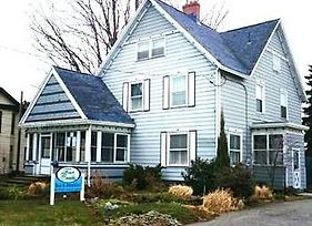 Four Creeks Bed & Breakfast photos Exterior