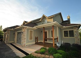 Whispering Pines 5 Bedroom Townhome photos Exterior