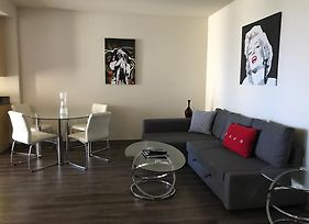Sunset Strip 1 Bedroom With Balcony Pool And Views photos Exterior