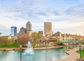 Your Home In Indy + Free Private Parking, 5Min Downtown photos Exterior