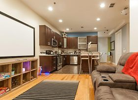 Amazing Luxury 2 Bedroom - Near Train photos Exterior