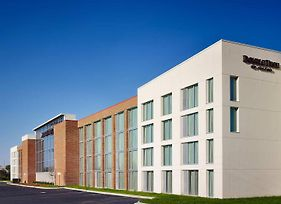Doubletree By Hilton Hotel And Suites Charleston Airport photos Exterior