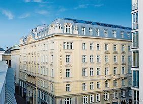 Steigenberger Hotel Herrenhof photos Exterior
