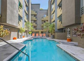 Perfect Holiday In Hollywood photos Exterior