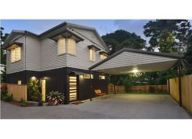 Crazy About Cairns Lifestyle - 5 Bedrooms photos Exterior