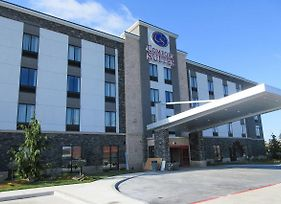 Comfort Suites Airport On Meridian photos Exterior