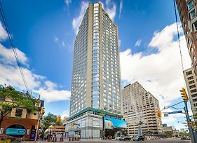 The Avalon Yorkville photos Exterior